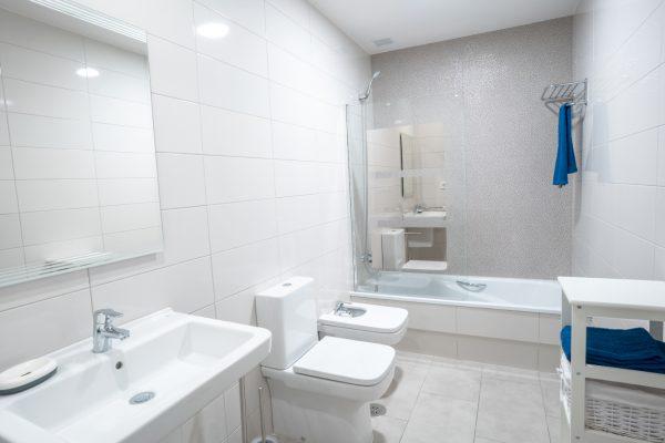 el faro baño 2
